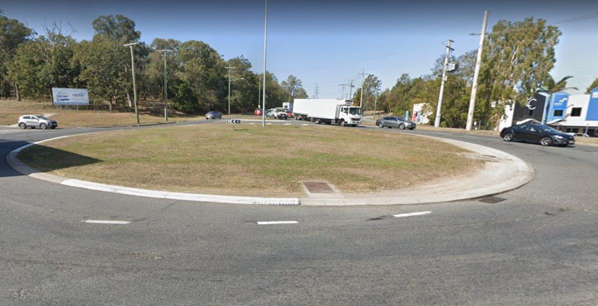 Colmslie Road Roundabout